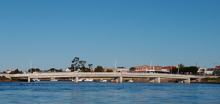 header_0004_LevenRiverBridge.jpg